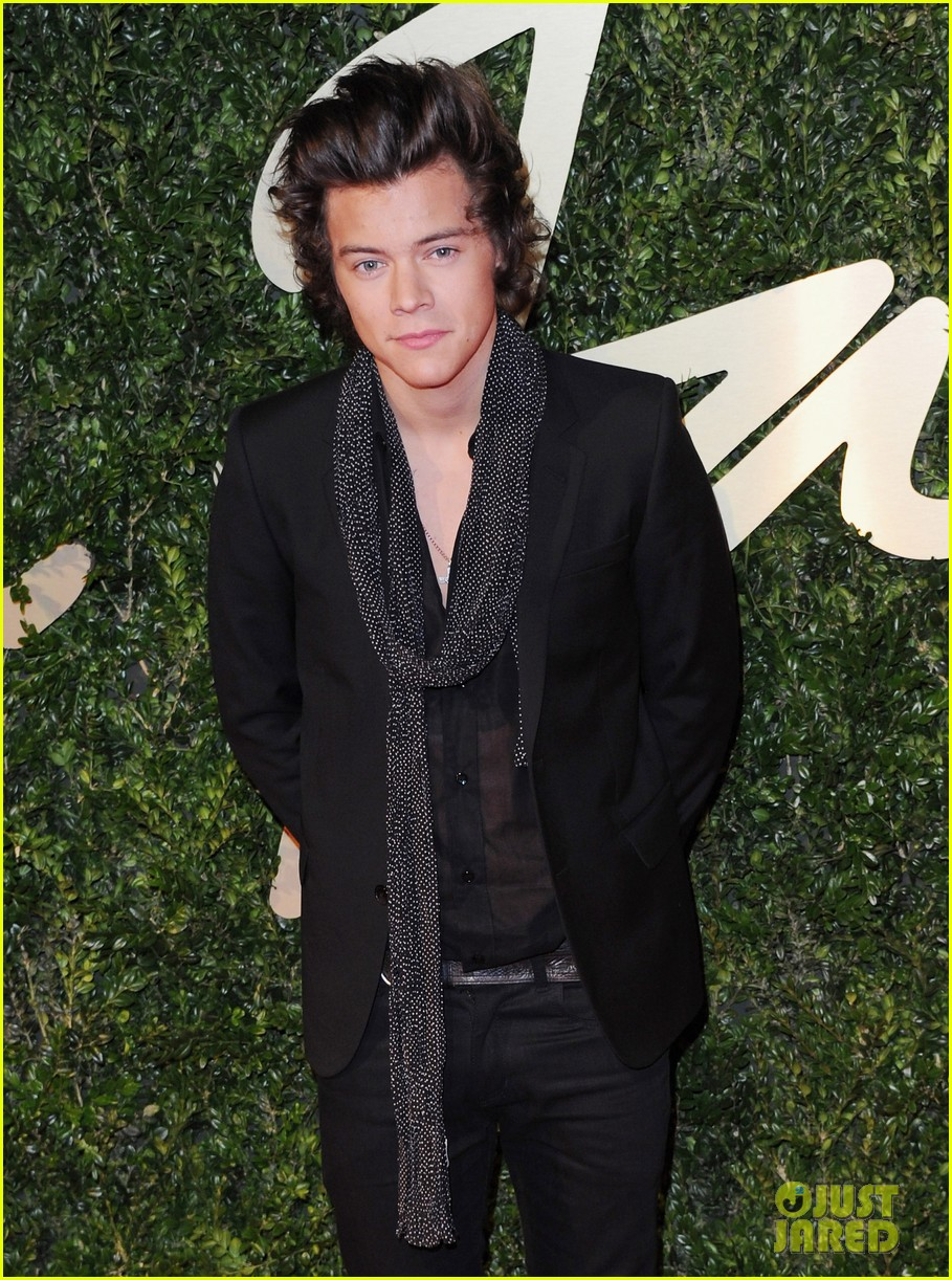 harry styles suki waterhouse british fashion awards 2013 023003526
