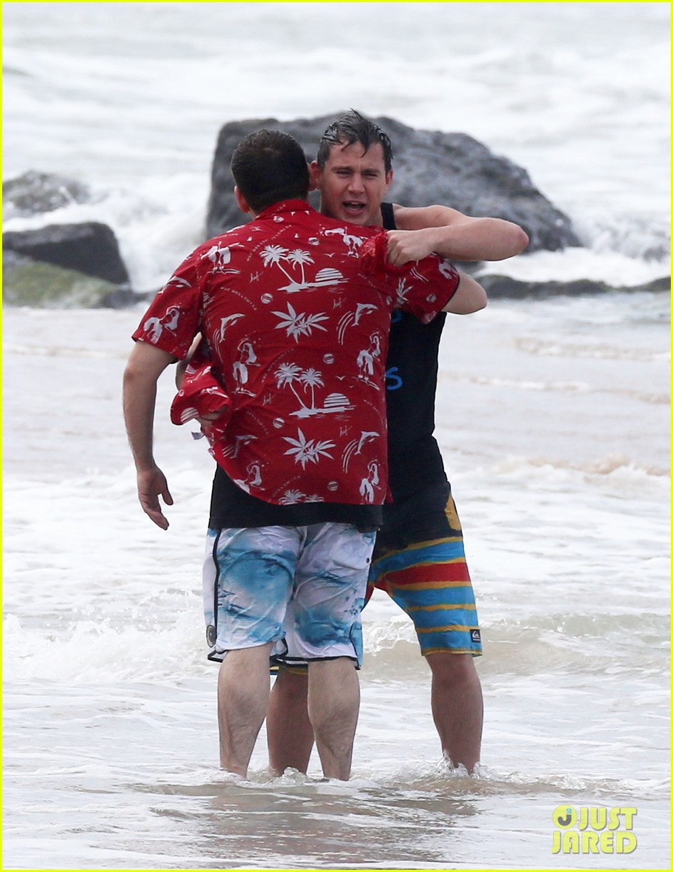 channing tatum gives jonah hill big hug for 22 jump street 243010626