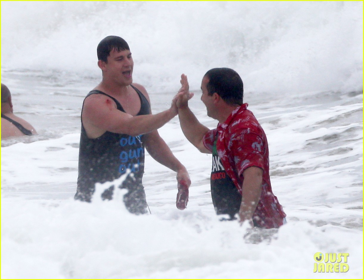 channing tatum gives jonah hill big hug for 22 jump street 303010632