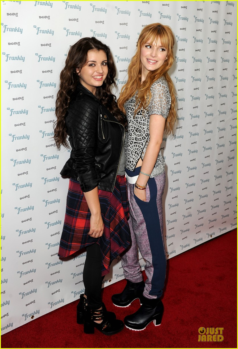 bella thorne digifest la with noah cyrus 103012734