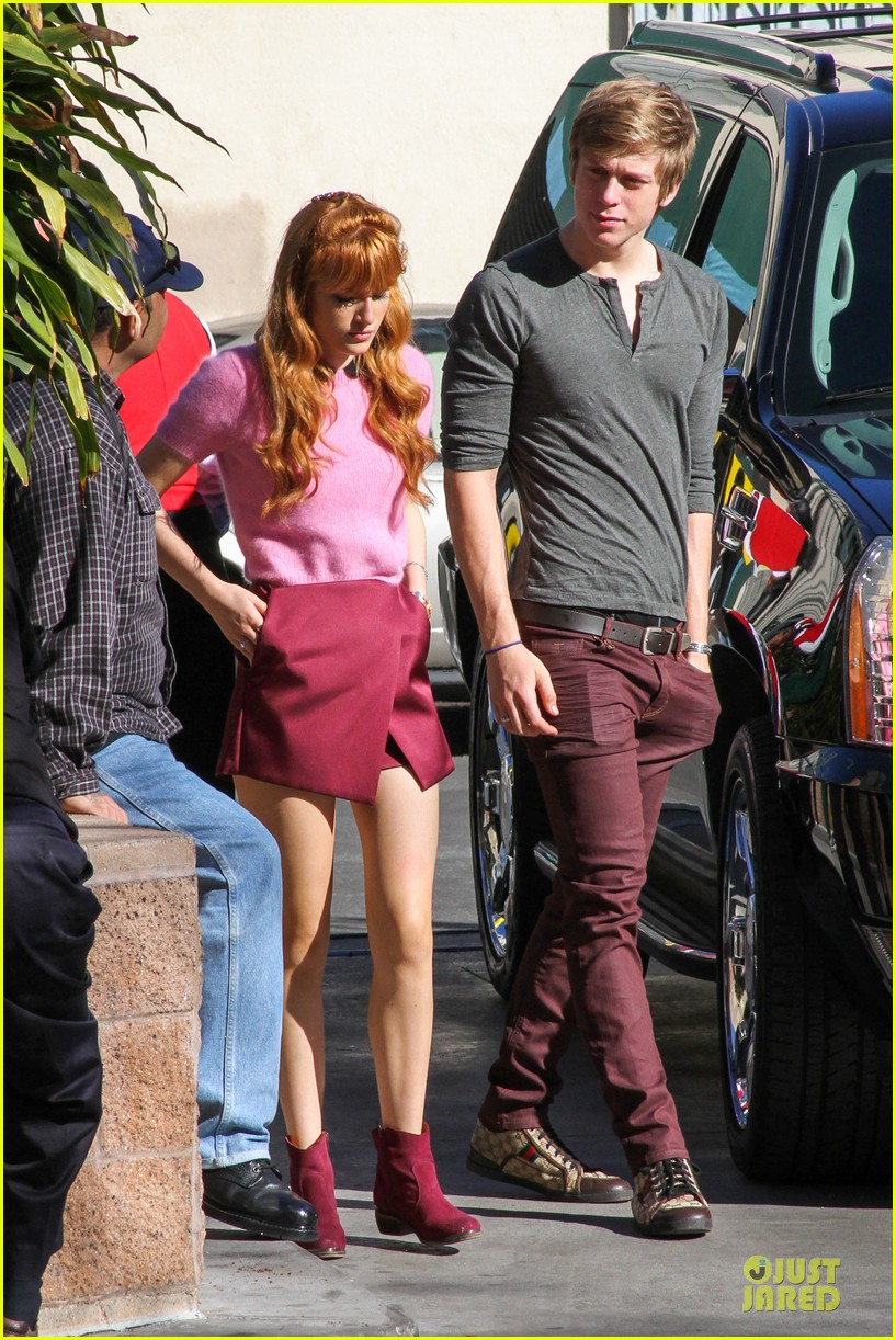 bella thorne tristan klier la mission christmas eve celebration 03
