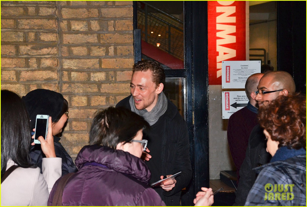 tom hiddleston watch psa to help syrian children 203011253