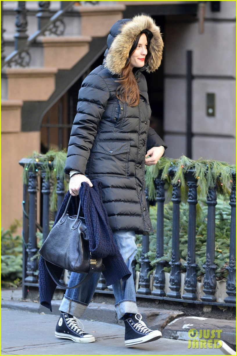 liv tyler really into working with grandmother dorothea johnson 043012846