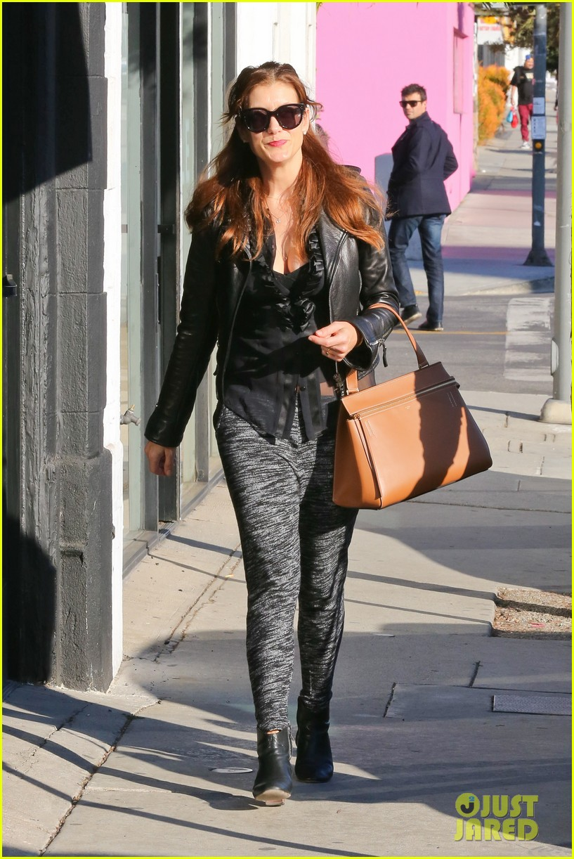 kate walsh shops for holiday presents on melrose 103006275