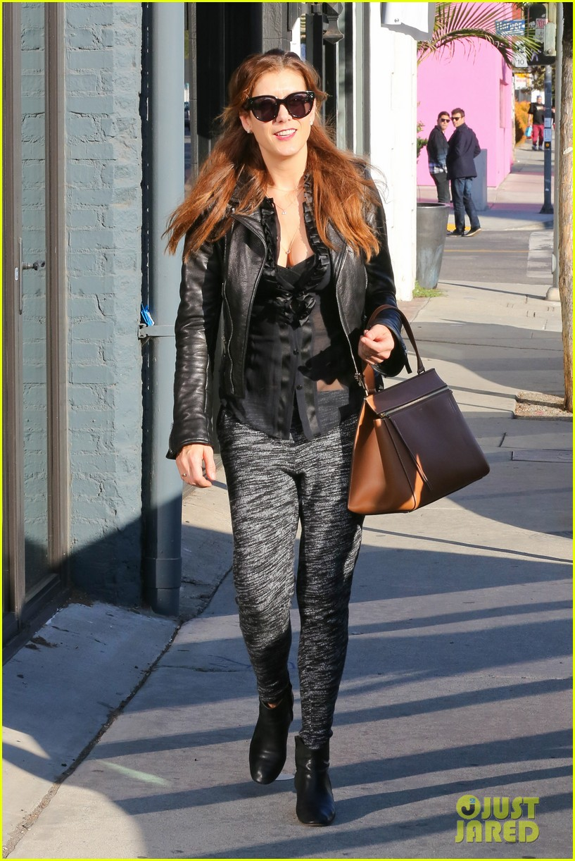 kate walsh shops for holiday presents on melrose 163006281