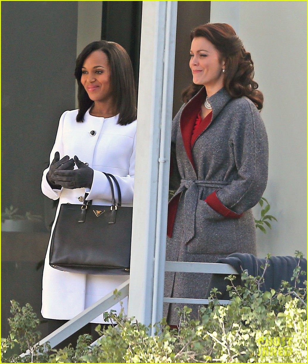 kerry washington bellamy young side by side for scandal filming 233008973