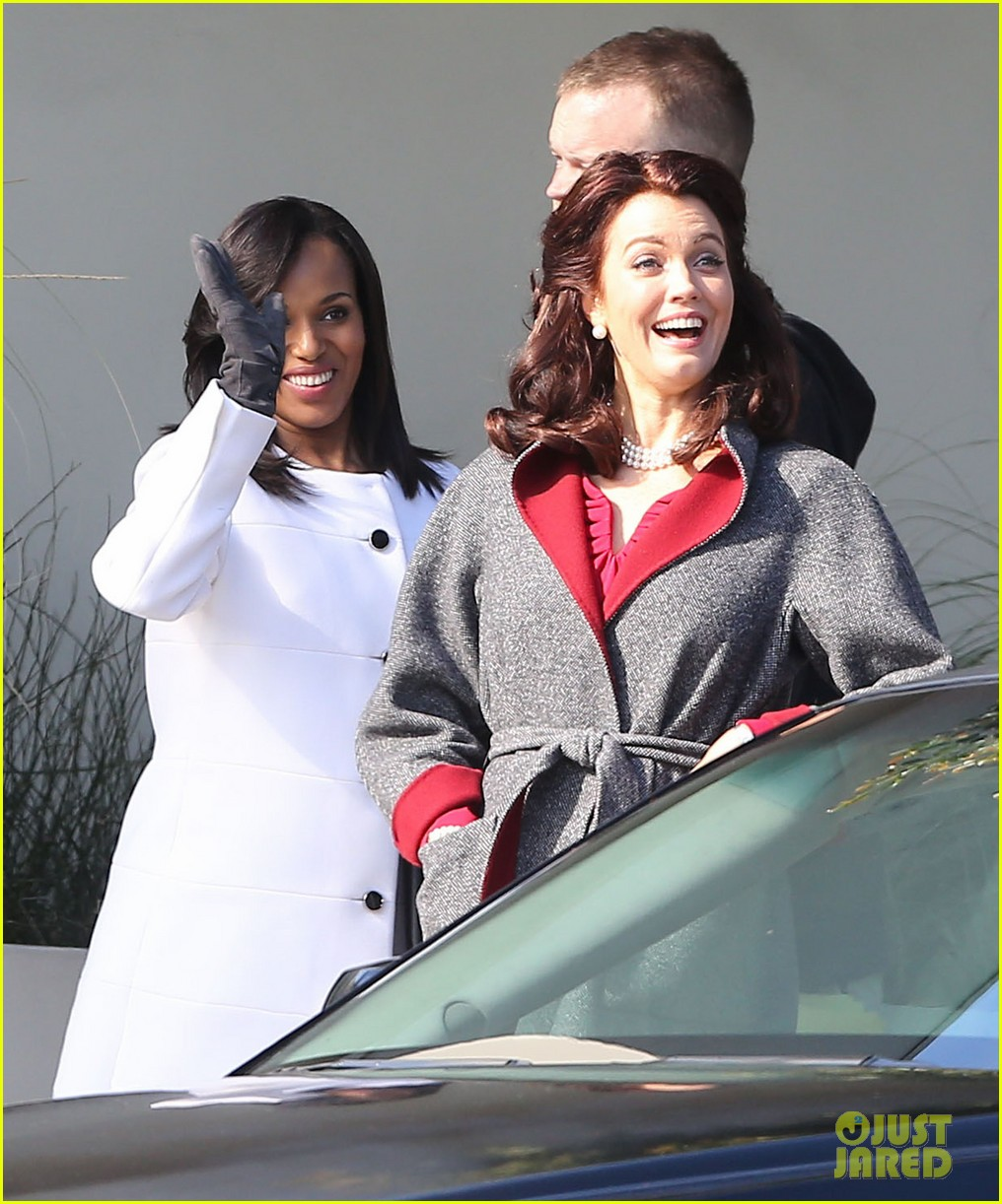 kerry washington bellamy young side by side for scandal filming 263008976