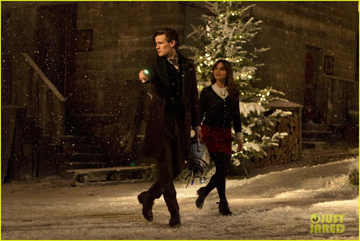 matt smith doctor who christmas special stills posters 033005399