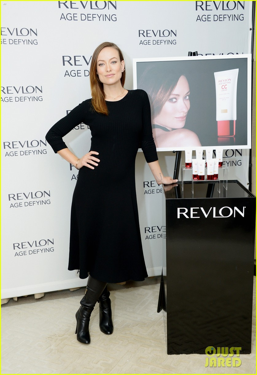 olivia wilde revlon event date night with jason sudeikis 033009762