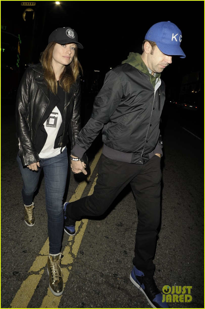 olivia wilde revlon event date night with jason sudeikis 043009763