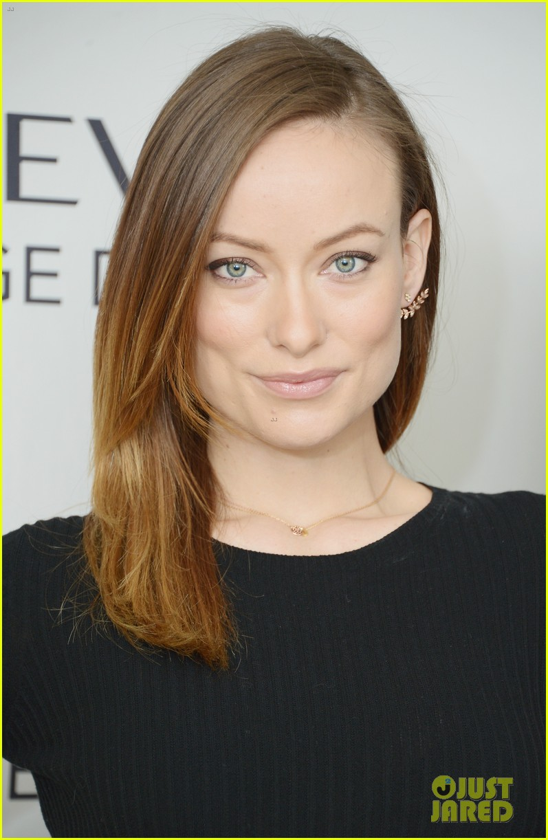 olivia wilde revlon event date night with jason sudeikis 07