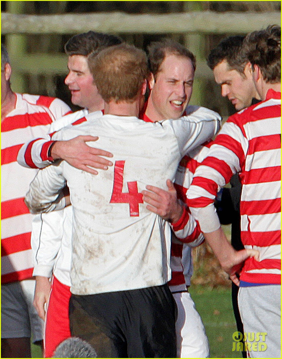 prince william prince harry hug after competitive soccer game 033017908