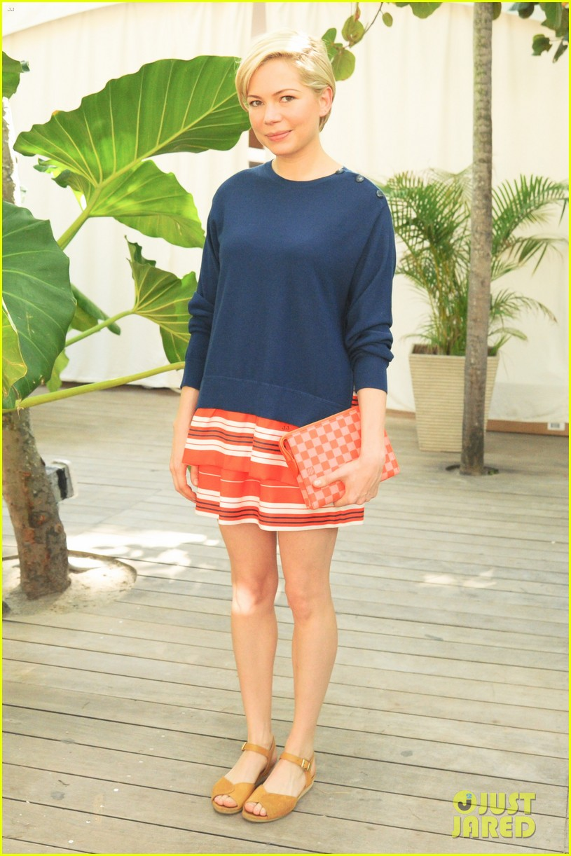 michelle williams celebrates art basel with louis vuitton 013006579