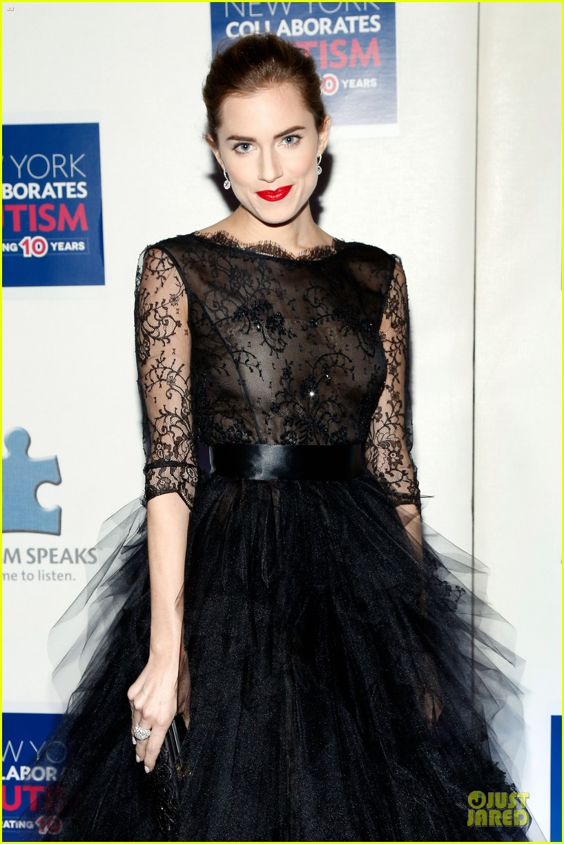 allison williams kelly rowland winter ball for autism 083004013