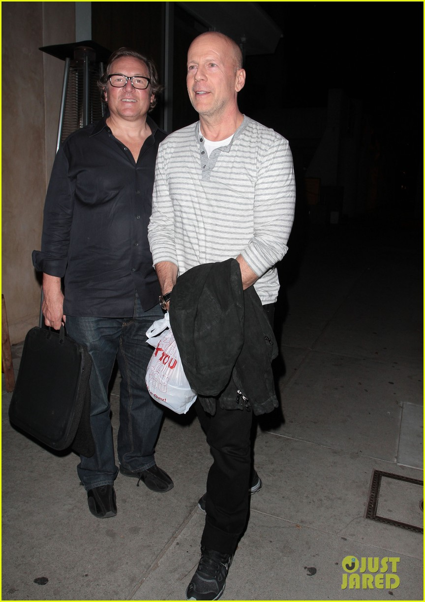 bruce willis dines with red producer after baby news 043014921