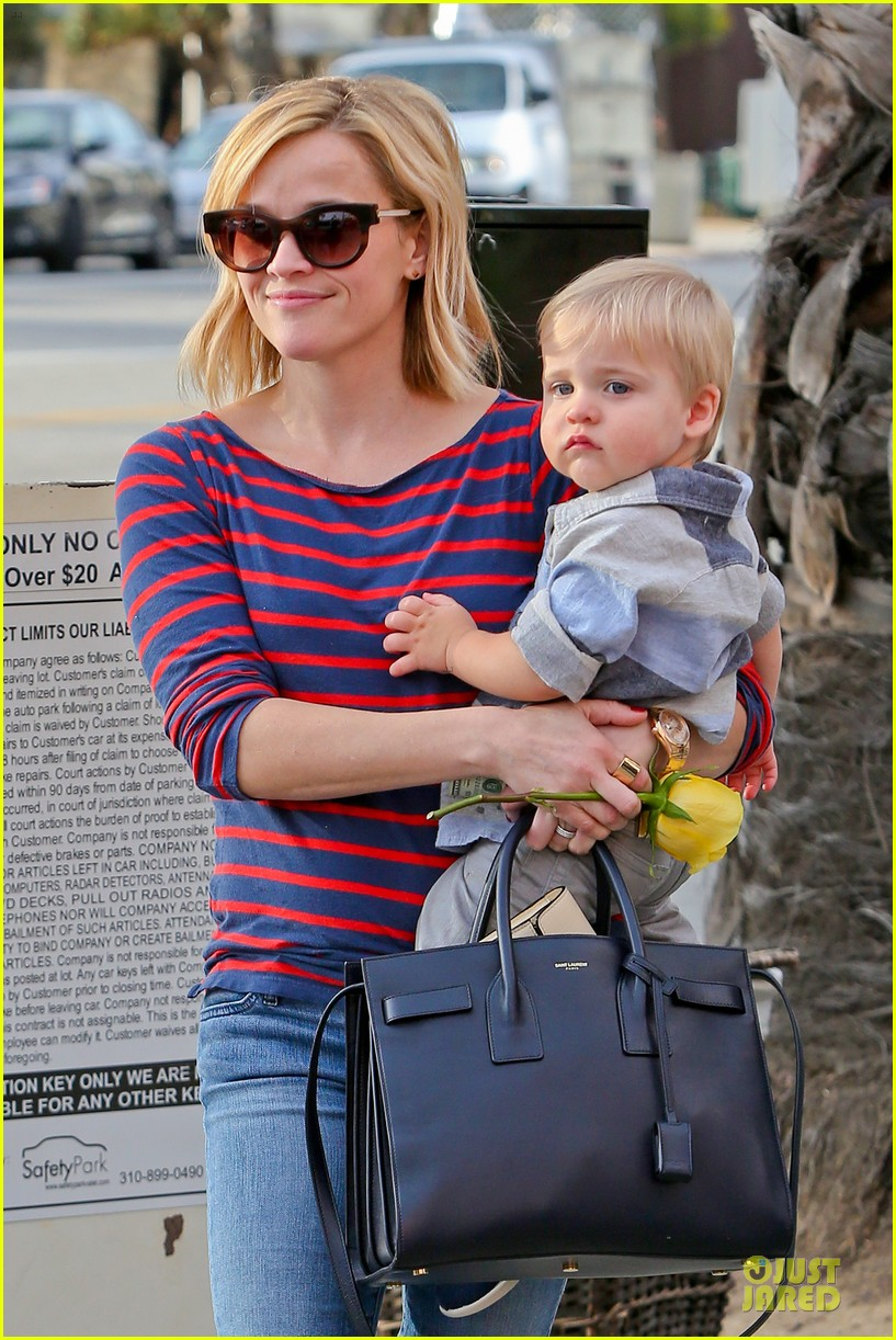 reese witherspoon ivy at the shore lunch with tennessee 023012638