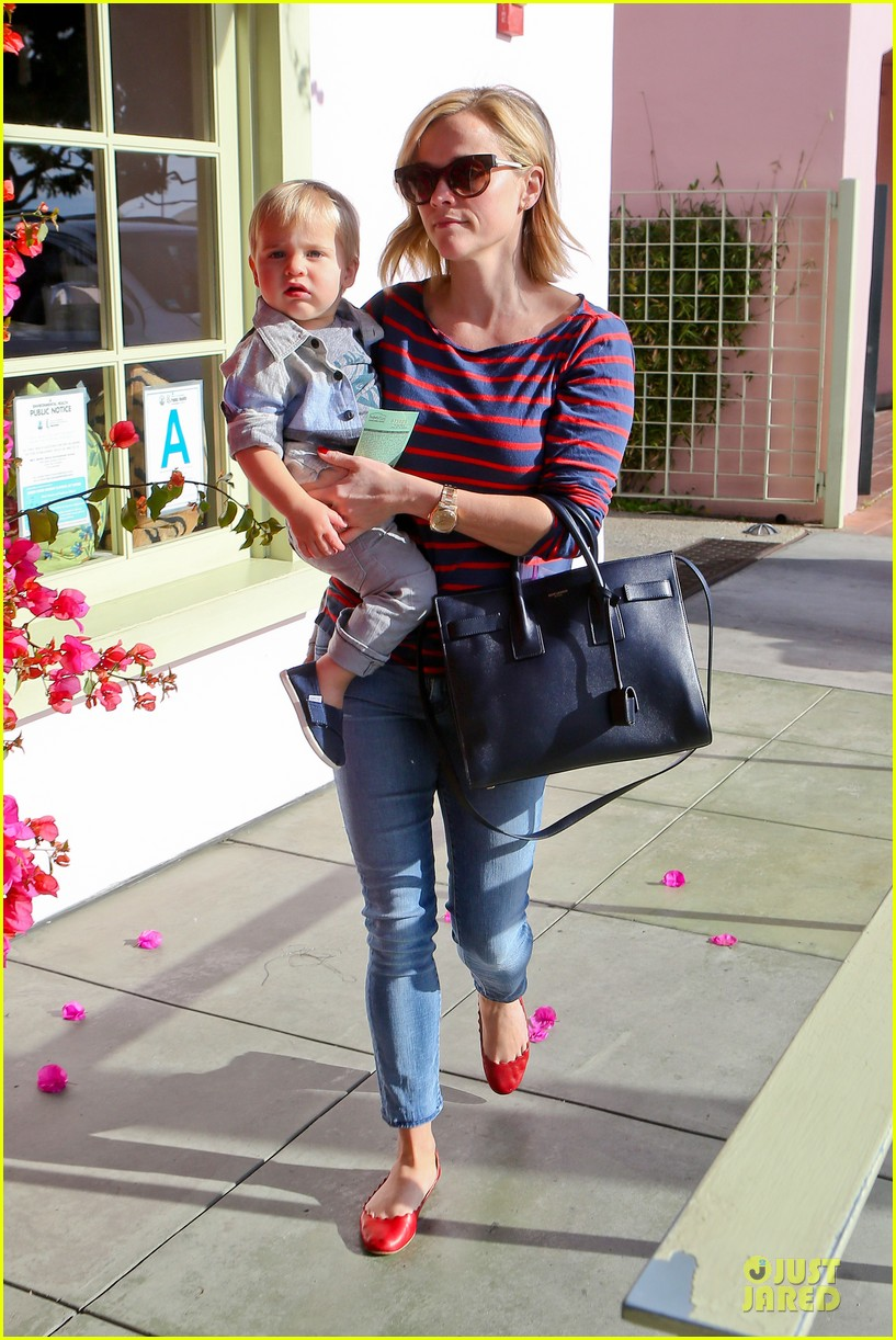 reese witherspoon ivy at the shore lunch with tennessee 033012639