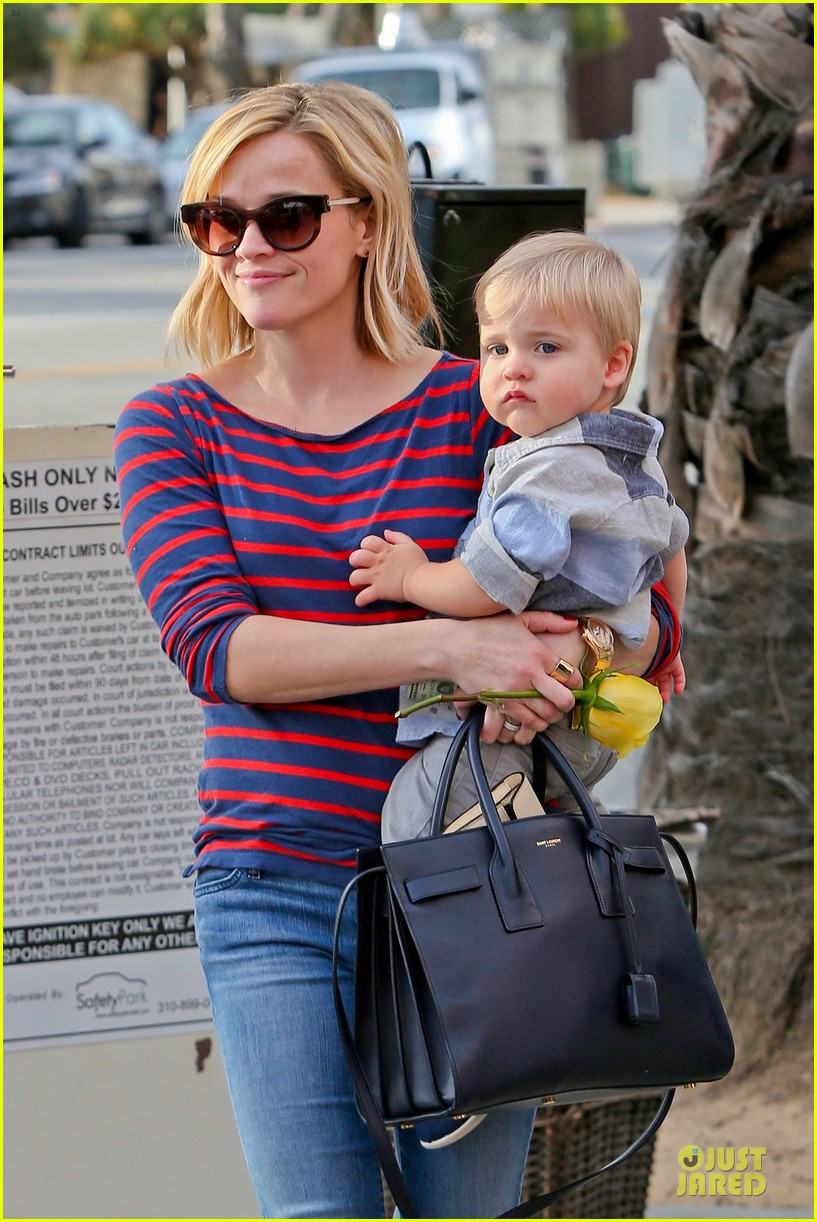 reese witherspoon ivy at the shore lunch with tennessee 073012643