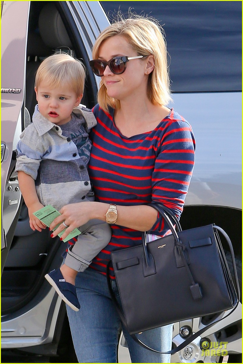 reese witherspoon ivy at the shore lunch with tennessee 103012646