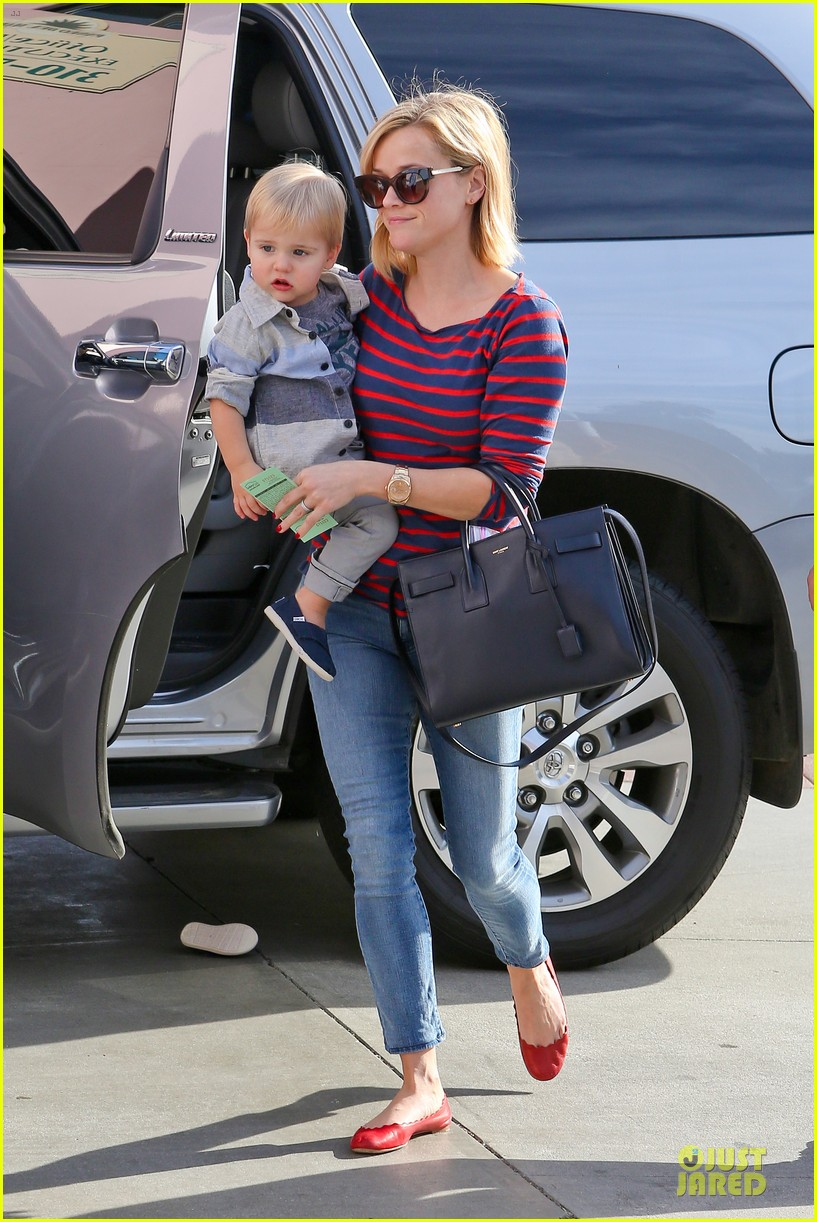 reese witherspoon ivy at the shore lunch with tennessee 133012649