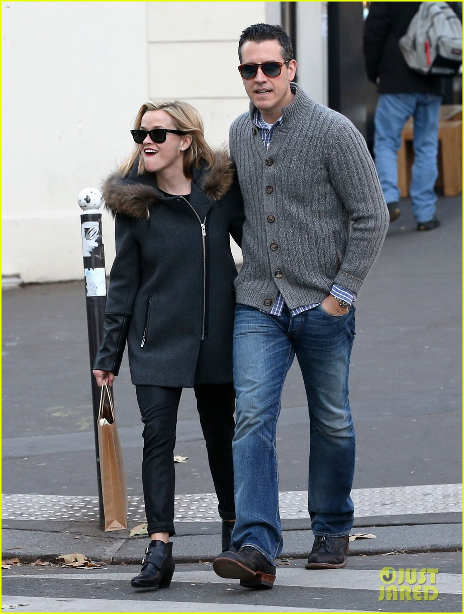 reese witherspoon jim toth go shopping in paris 083008422