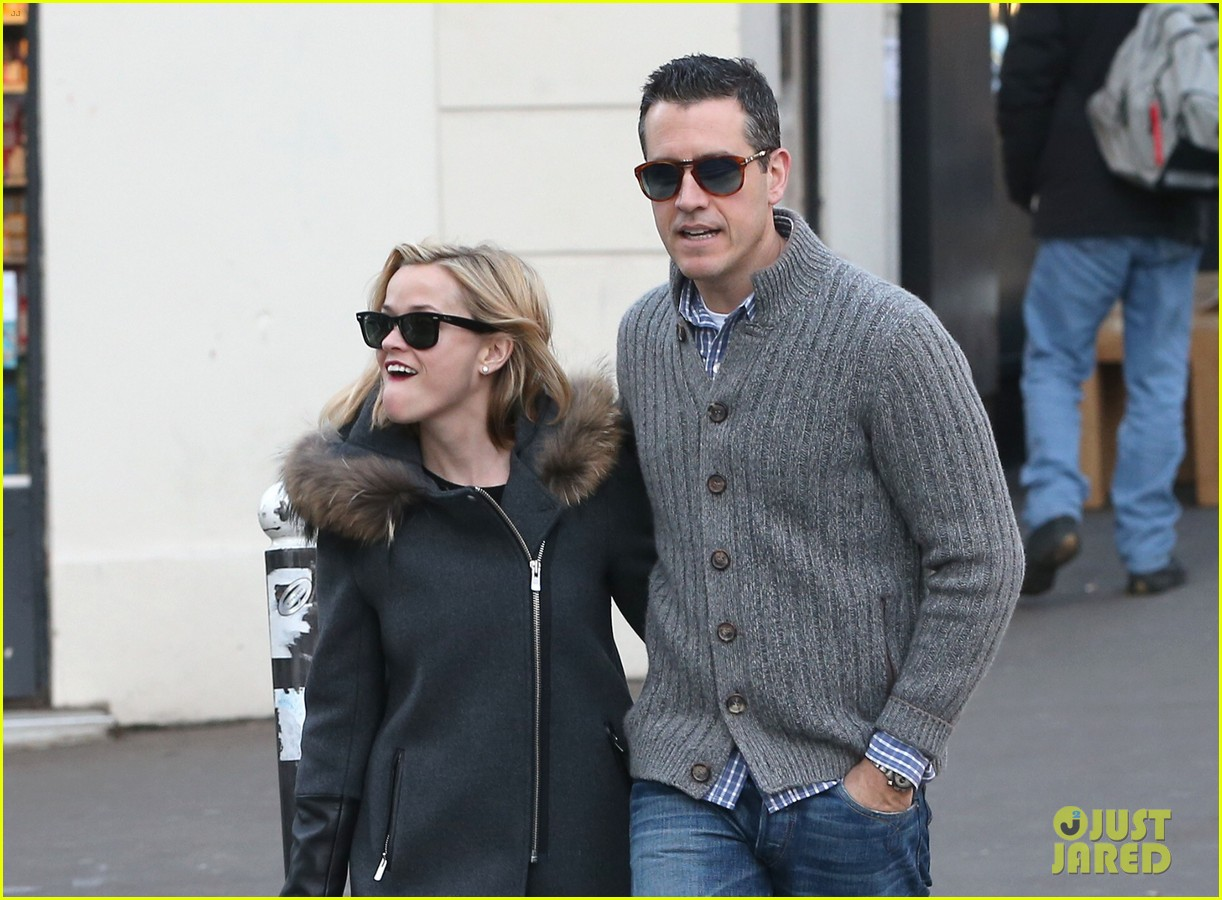 reese witherspoon jim toth go shopping in paris 093008423