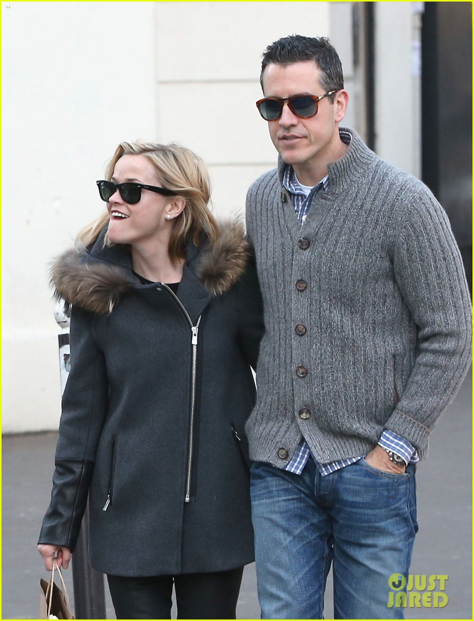 reese witherspoon jim toth go shopping in paris 103008424