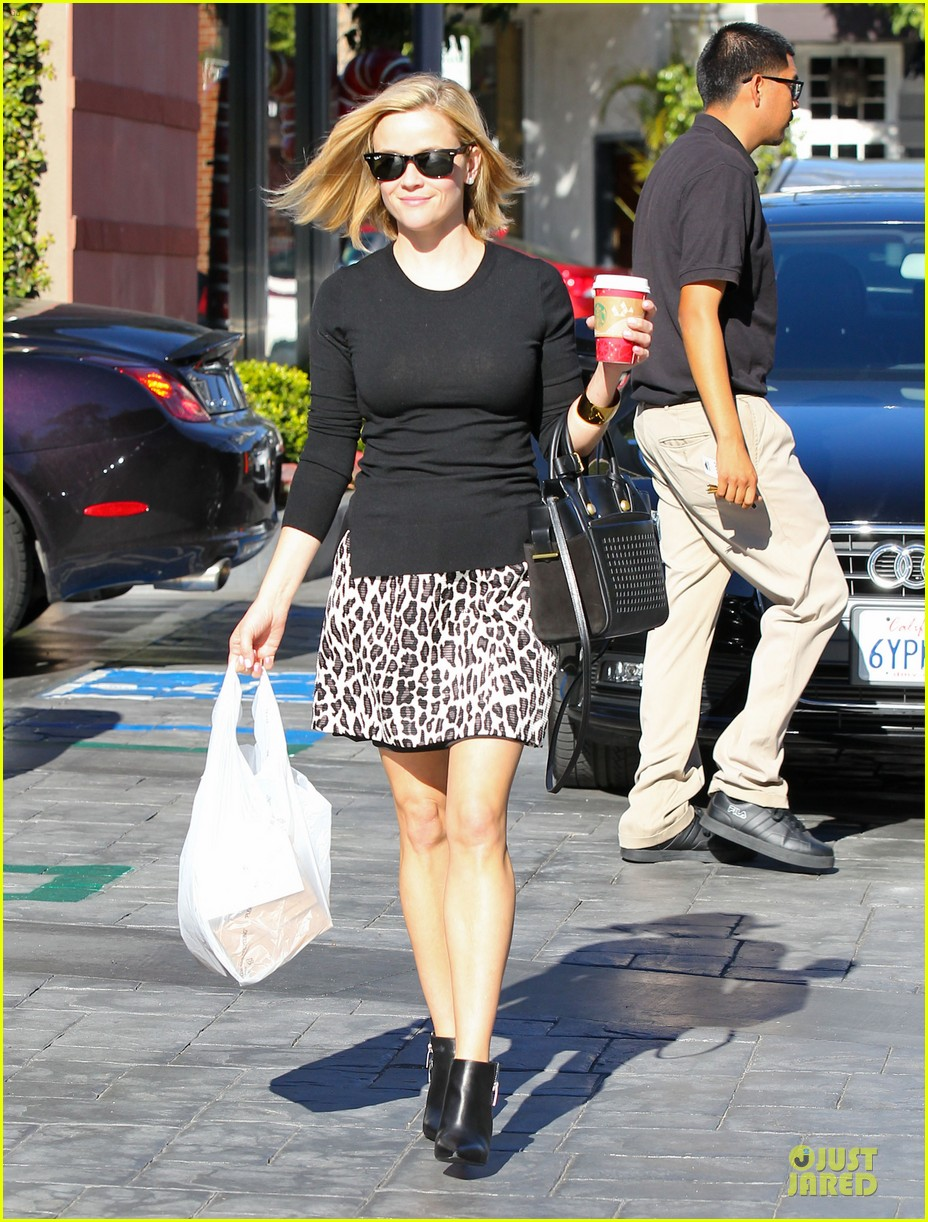 reese witherspoon wild lunch before christmas 123016748