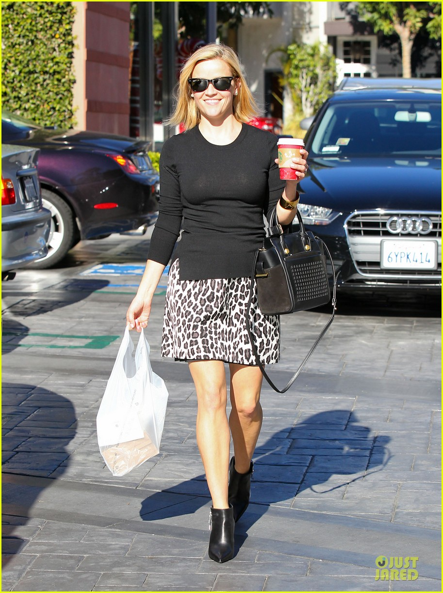 reese witherspoon wild lunch before christmas 173016753