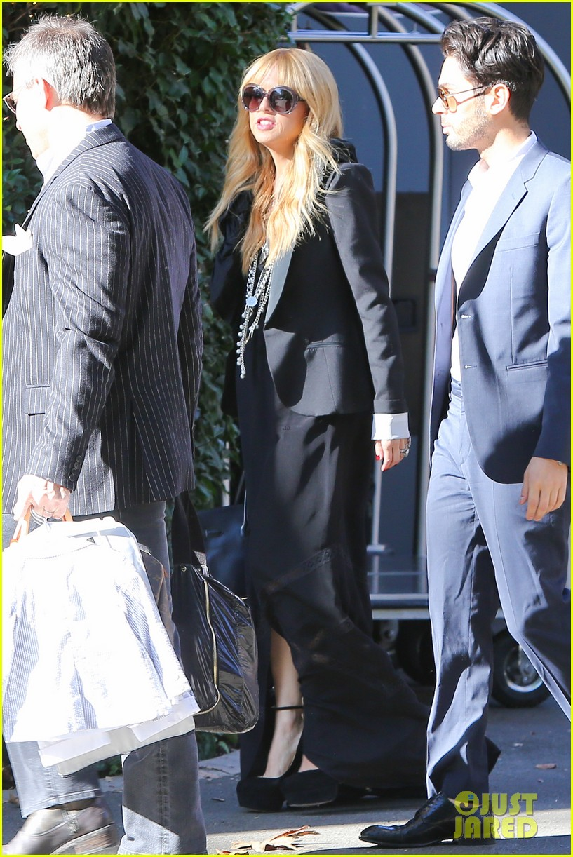 rachel zoe steps out with newborn baby kai 013019539