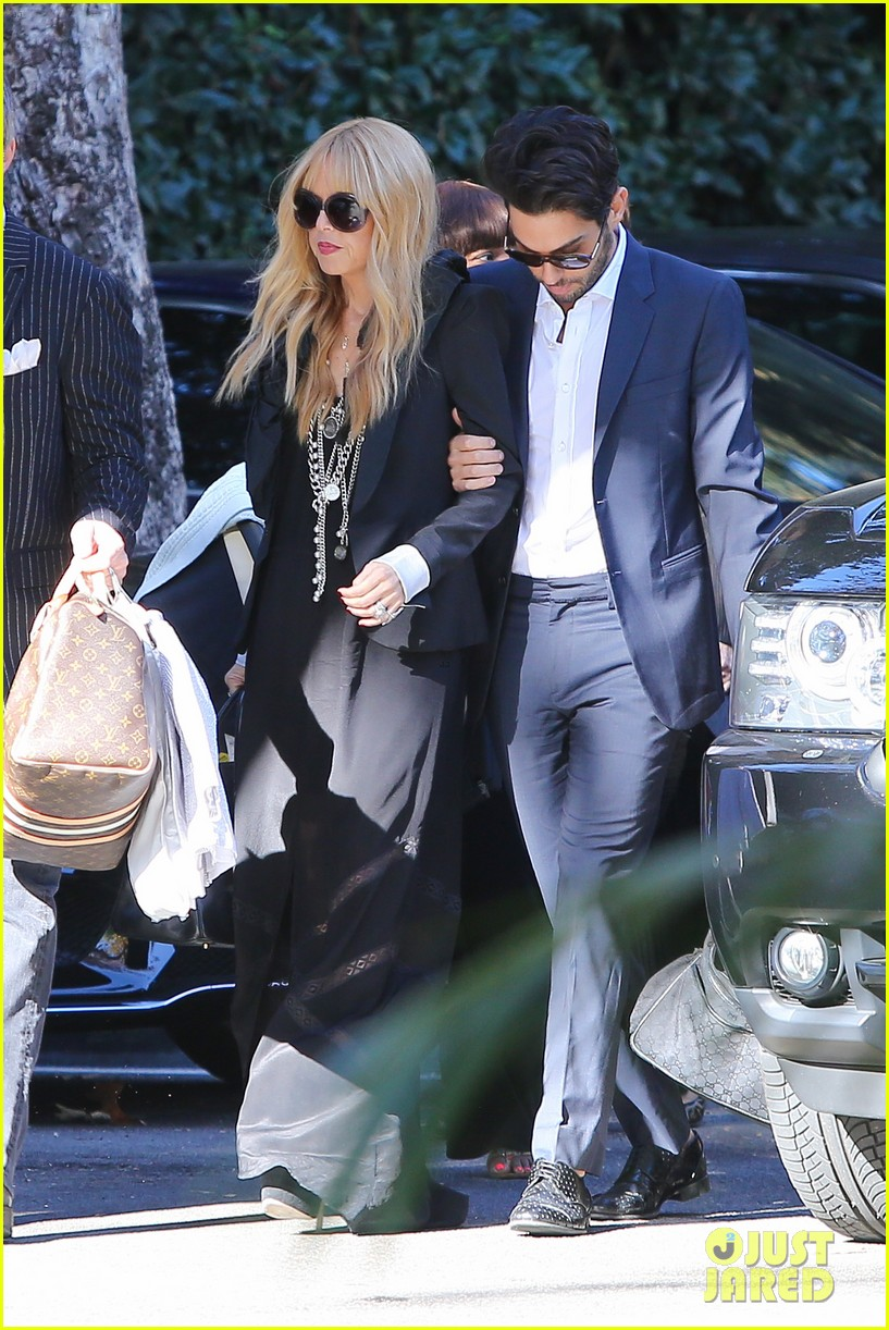 rachel zoe steps out with newborn baby kai 043019542