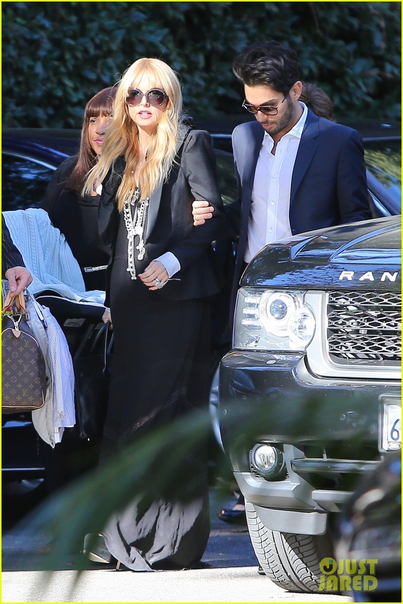 rachel zoe steps out with newborn baby kai 063019544