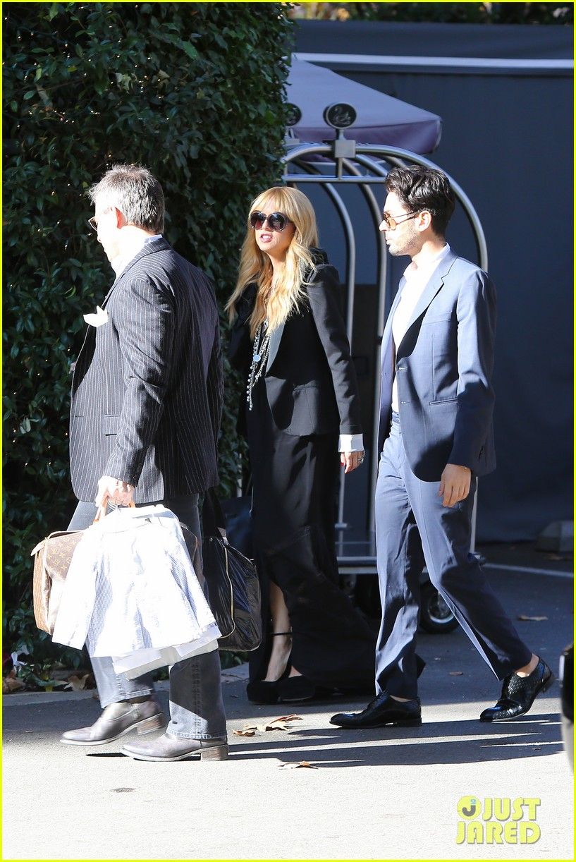 rachel zoe steps out with newborn baby kai 09