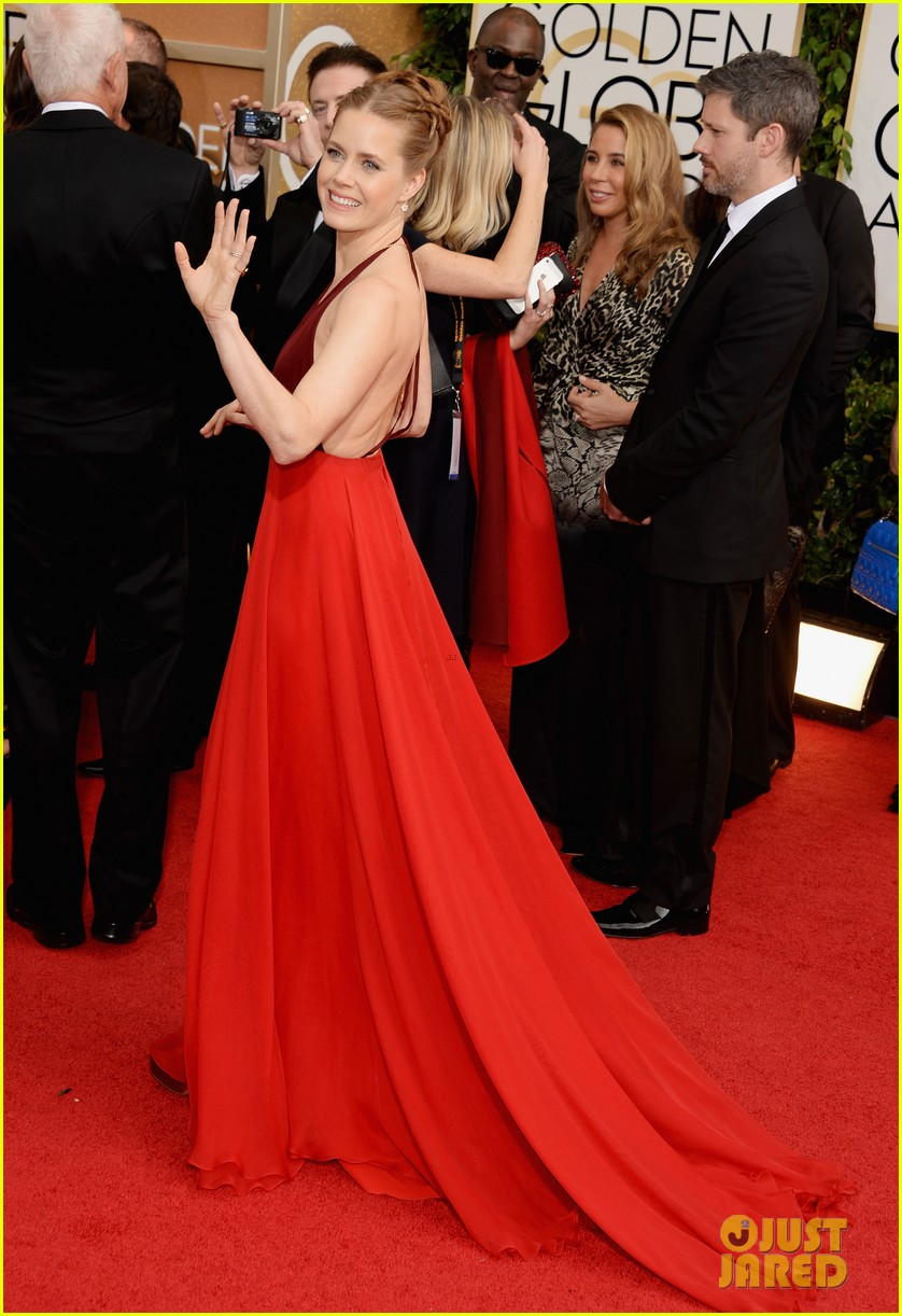 amy adams golden globes 2014 red carpet 033029183