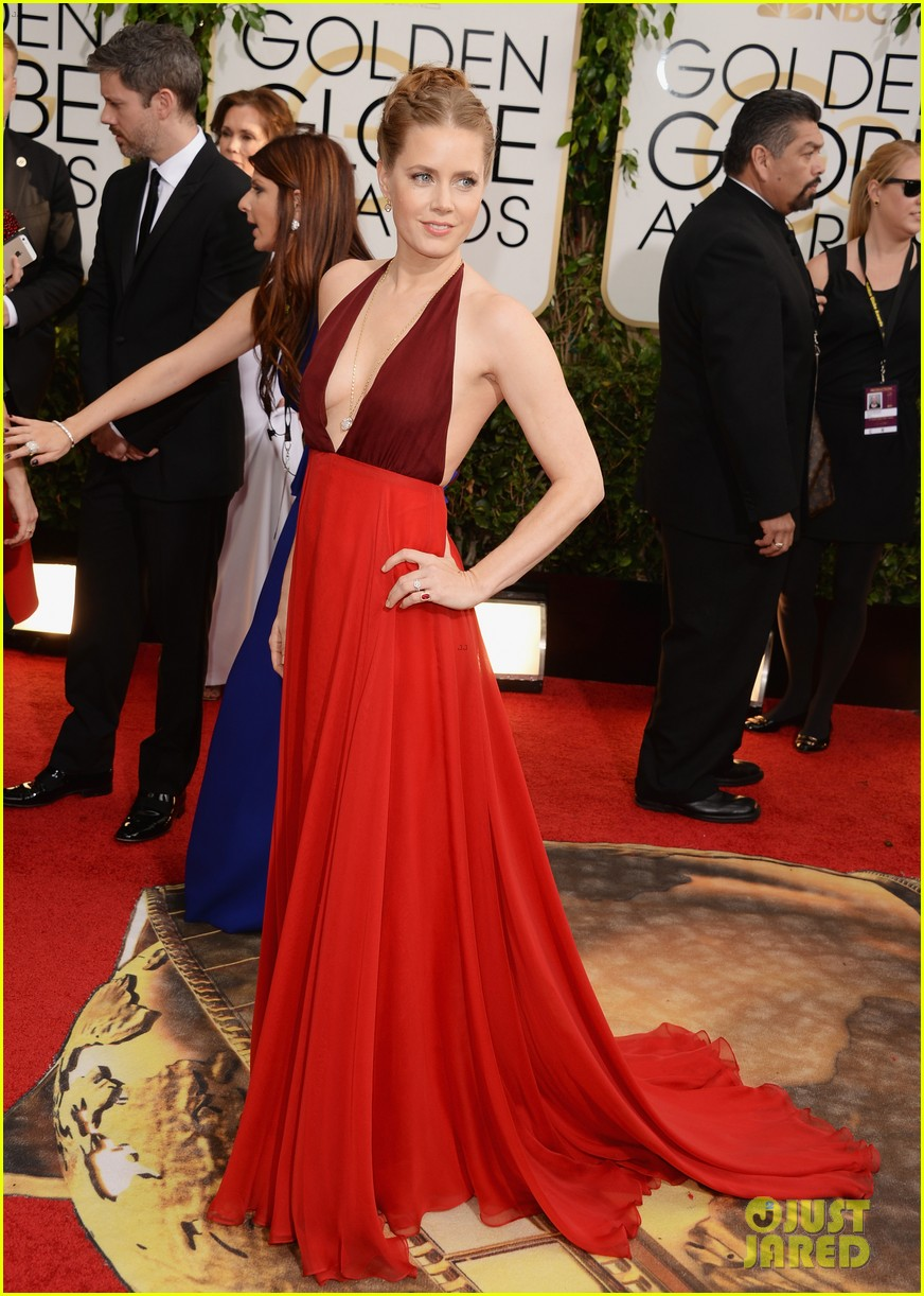 amy adams golden globes 2014 red carpet 103029190