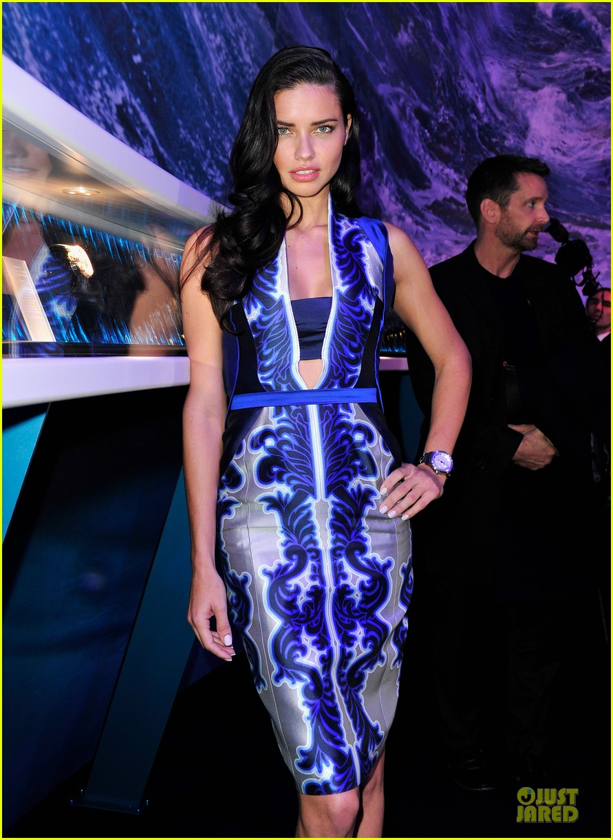 adriana lima karolina kurkova iwc aquatimer watch launch 043037282