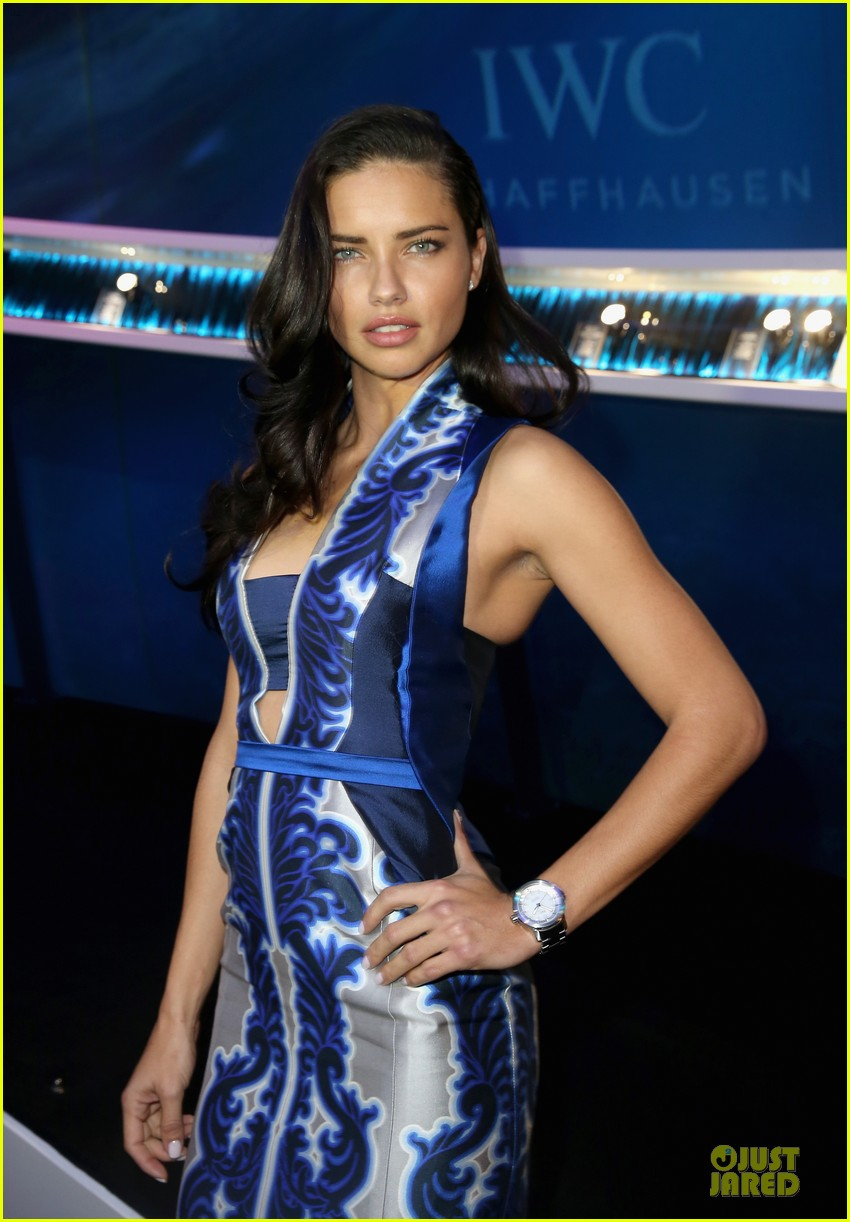 adriana lima karolina kurkova iwc aquatimer watch launch 123037290