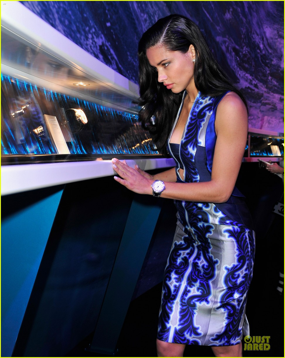adriana lima karolina kurkova iwc aquatimer watch launch 14