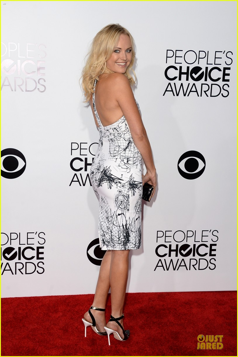 malin akerman bailee madison people choice awards 2014 red carpet 03