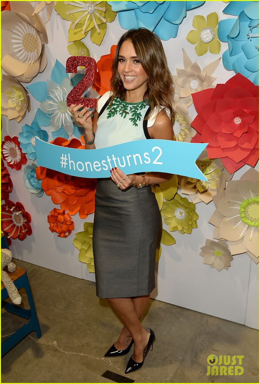 jessica alba honest companys 2nd birthday celebration 013044772