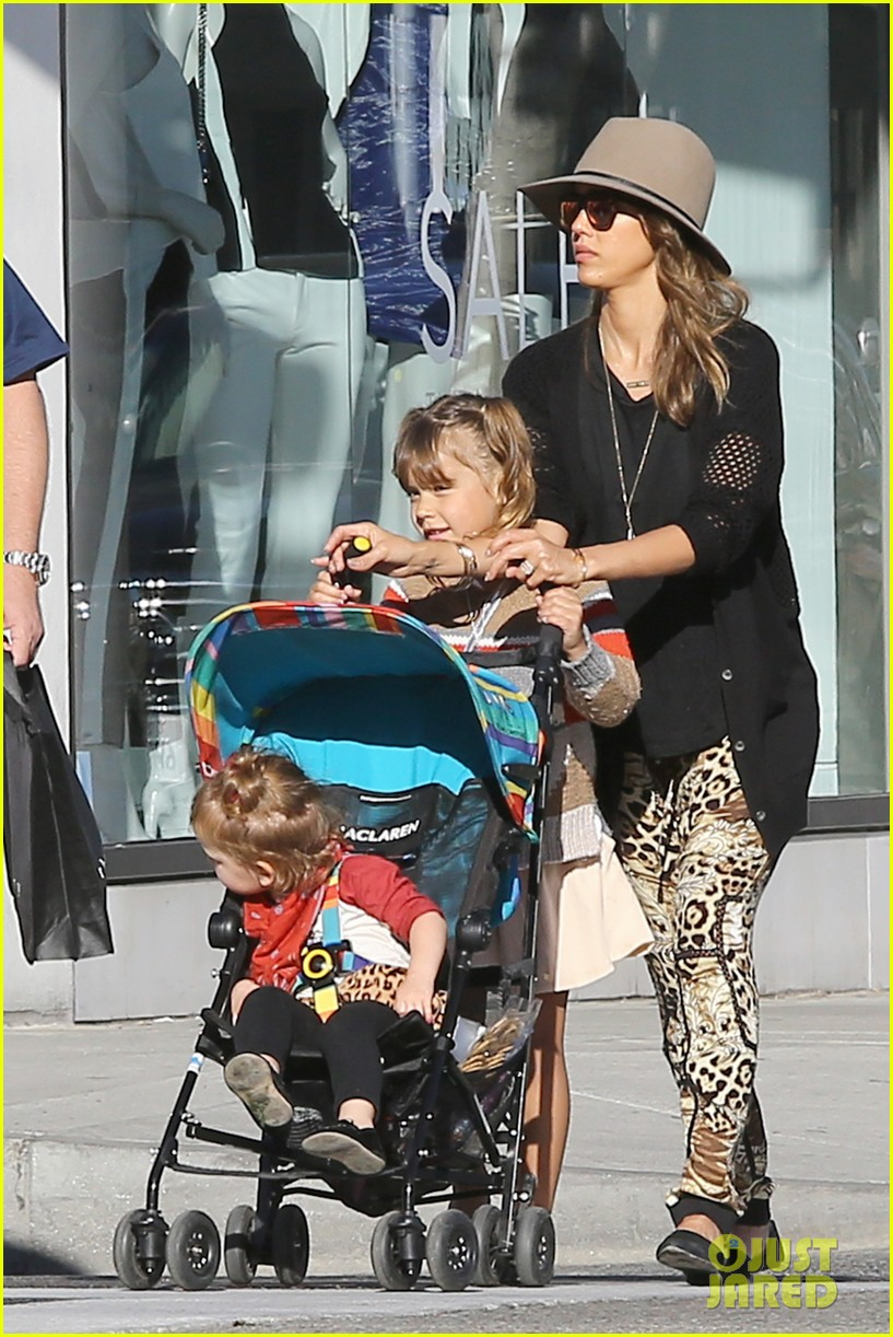 jessica alba cabo vacation no better way to start year 143023358