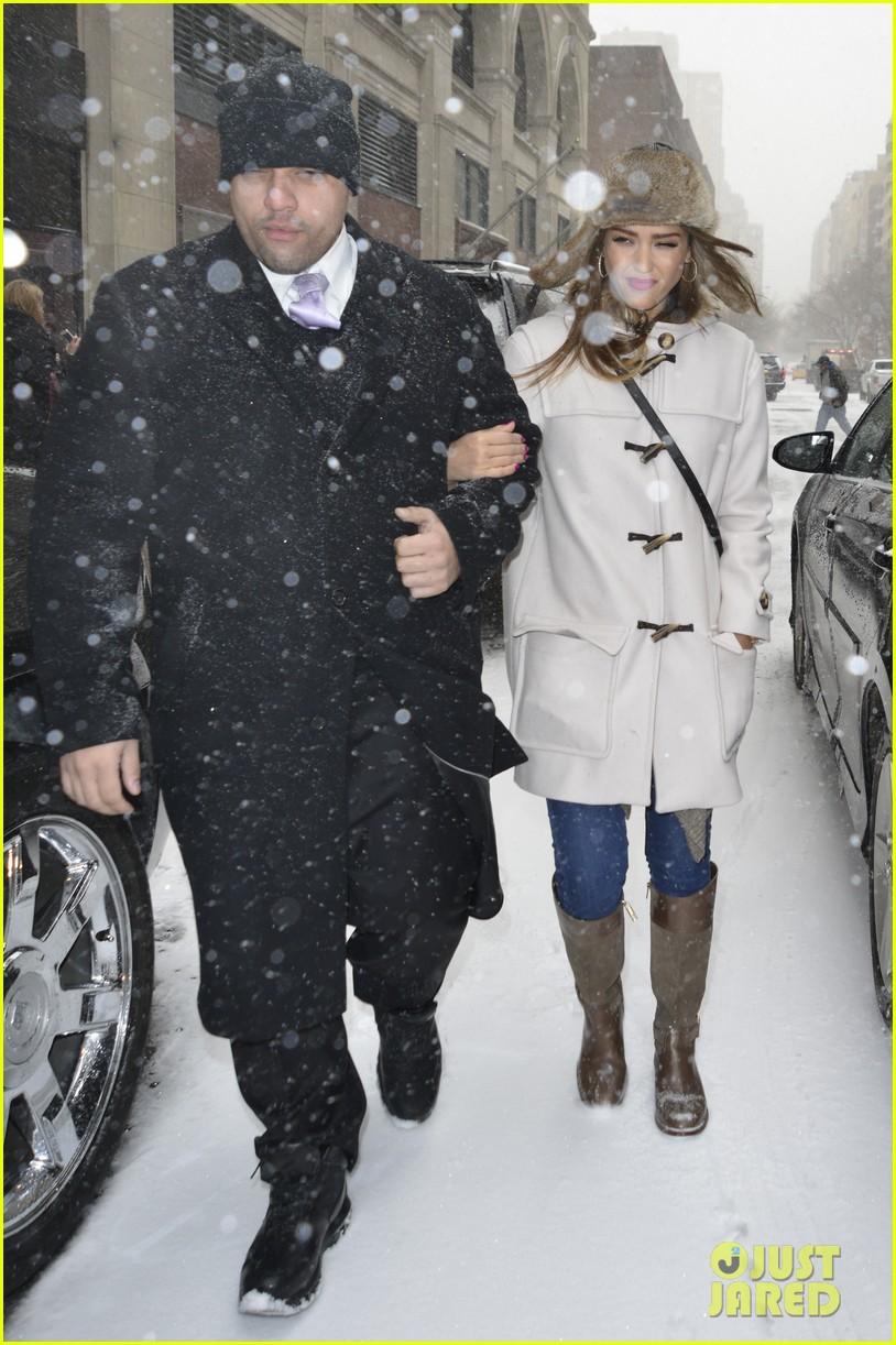 jessica alba snowy new york exit 013037636