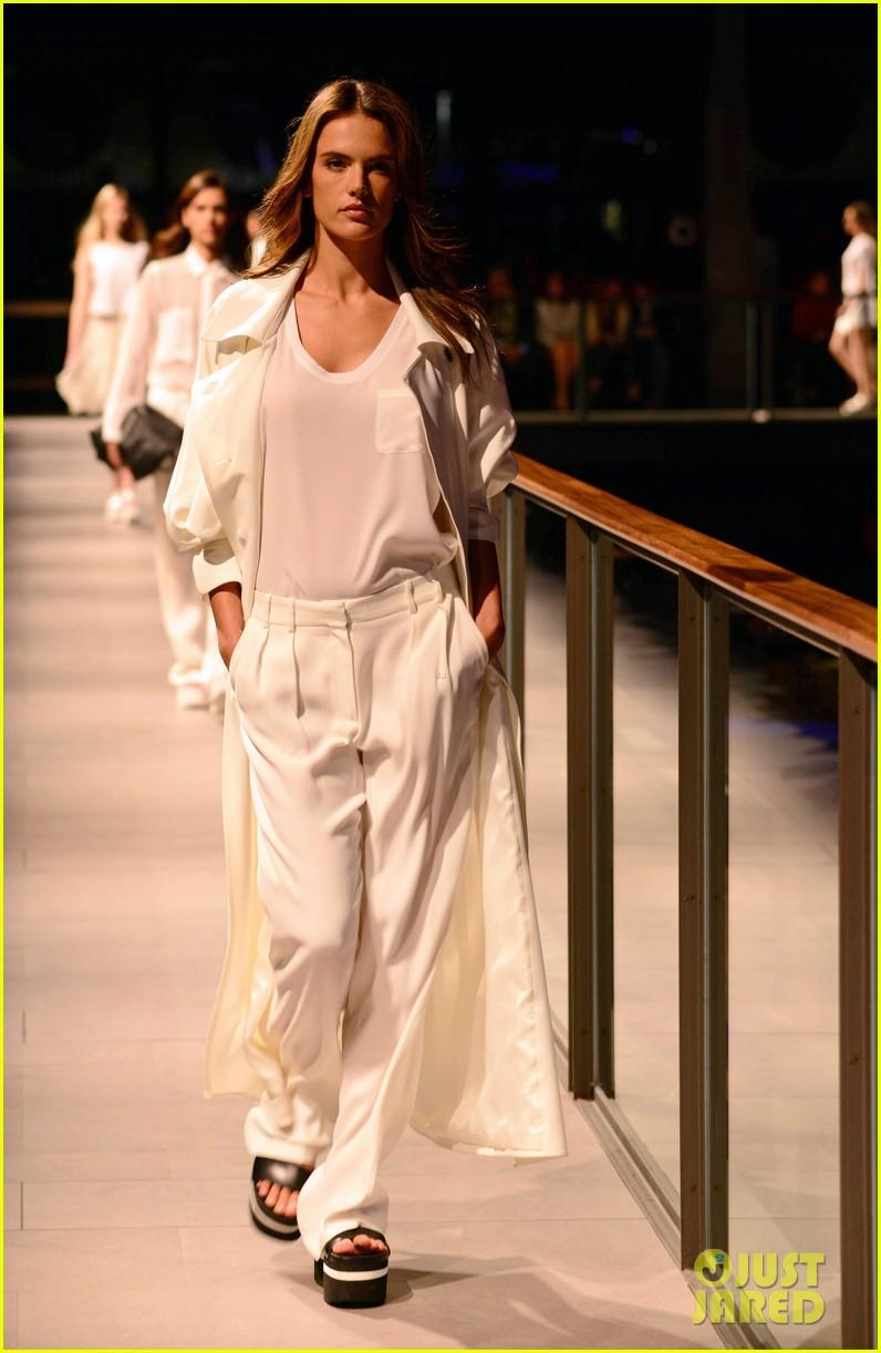 alessandra ambrosio mango fashion show 143042757