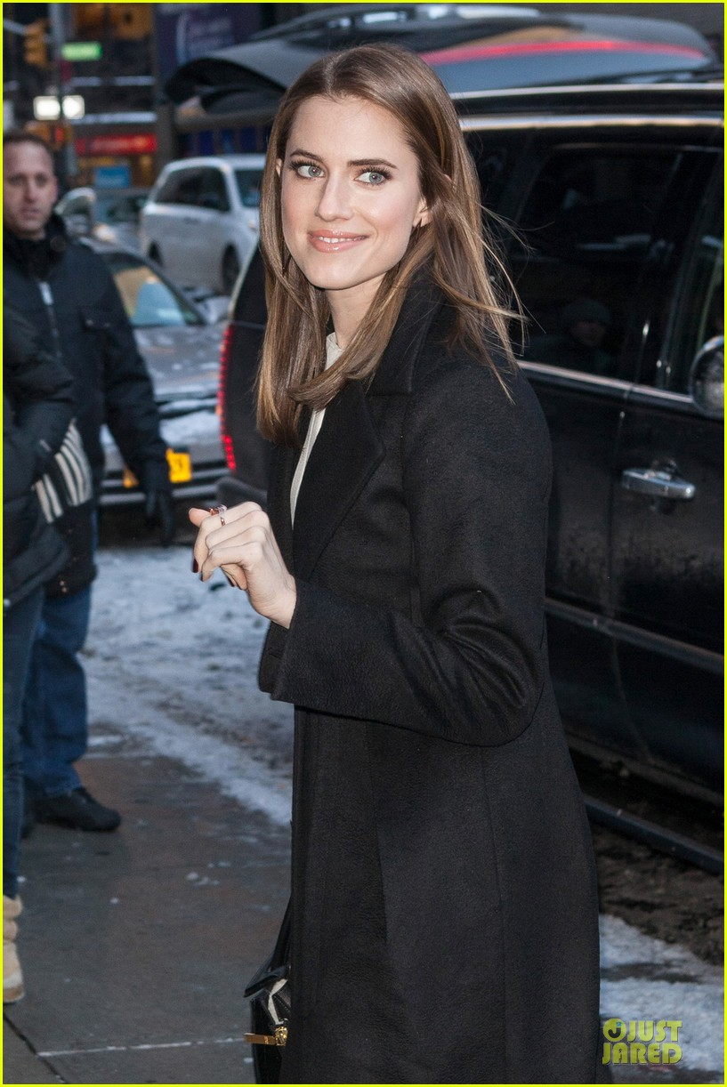 allison williams my girls character does weird things 043038024