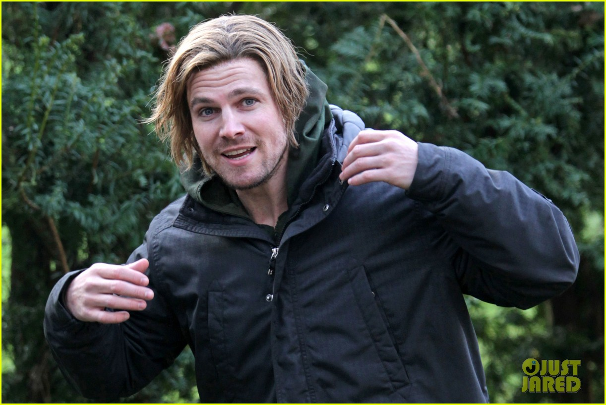 stephen amell long haired wig for arrow scenes 023032695