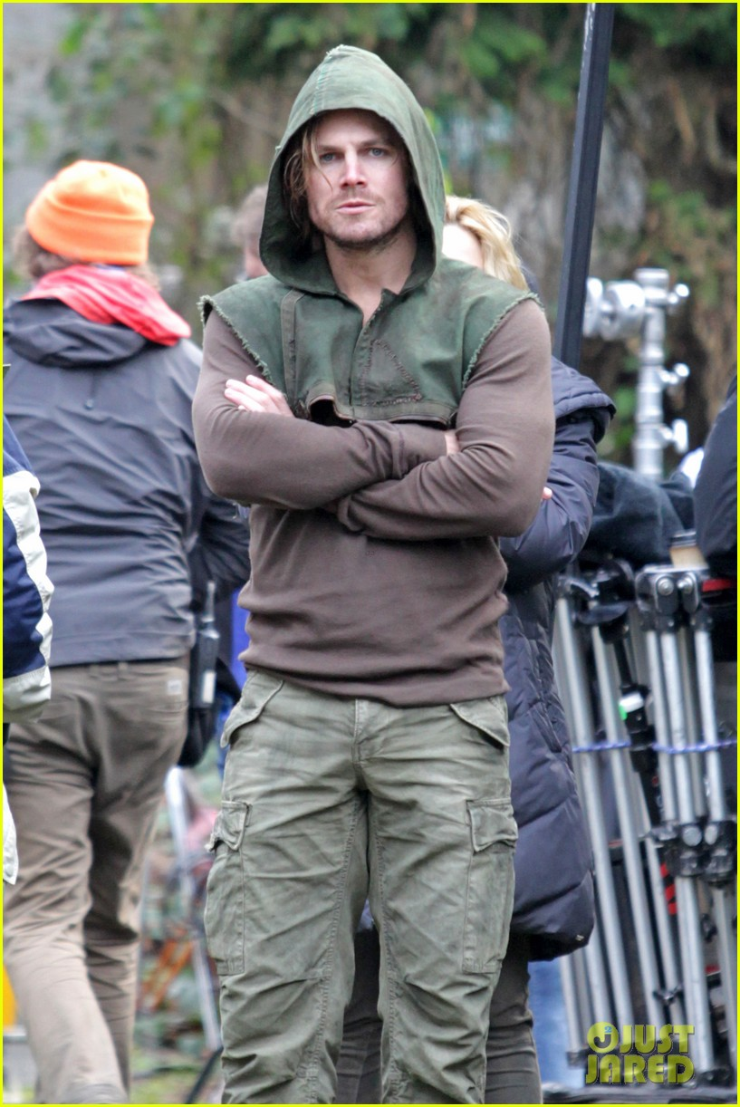 stephen amell long haired wig for arrow scenes 073032700