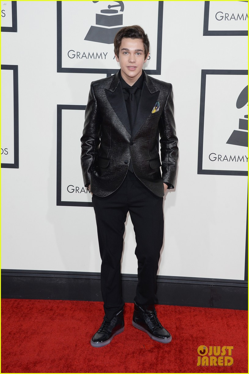 austin mahone grammys 2014 red carpet 04