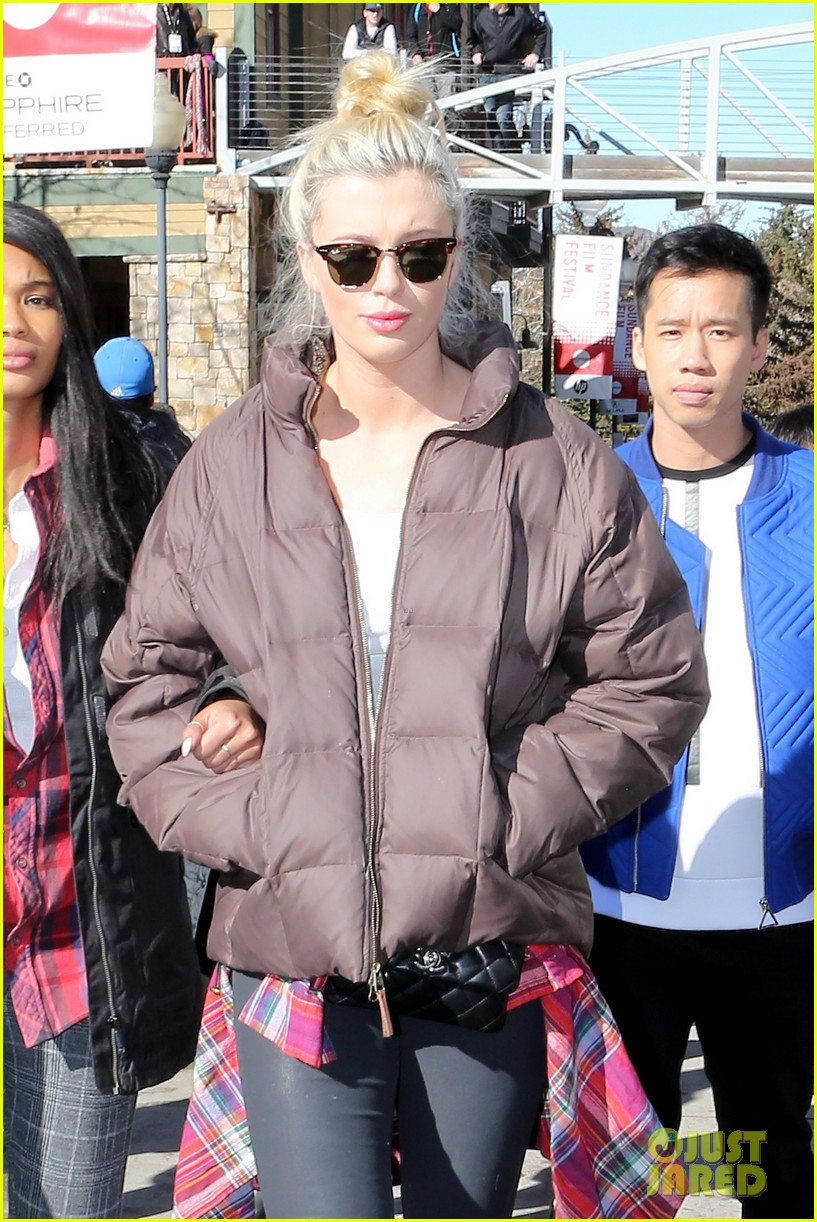 ireland baldwin gets her sundance on with friends 023036342