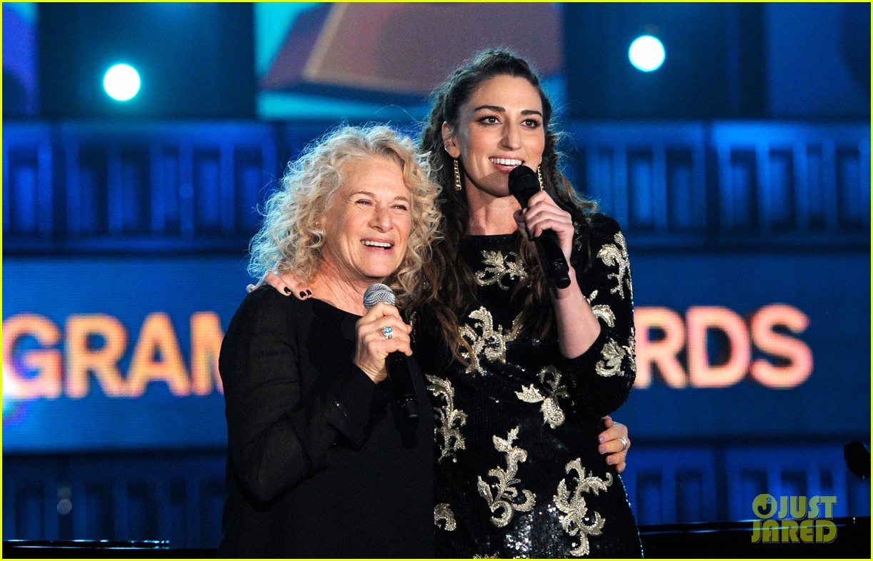 sara bareilles carole king grammys brave beautiful mashup at grammys 2014 video 013041505
