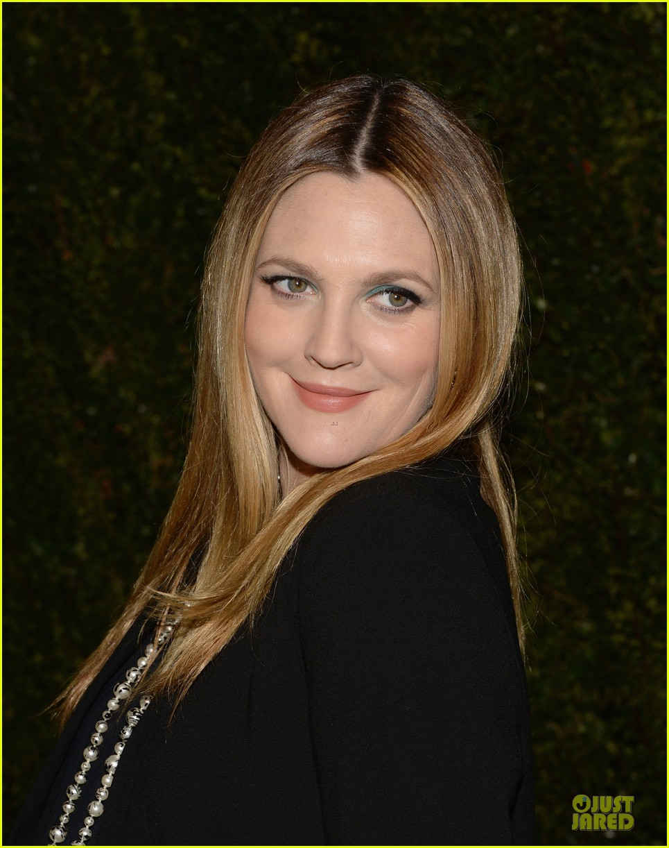 drew barrymore talks pregnancy weight on ellen 14